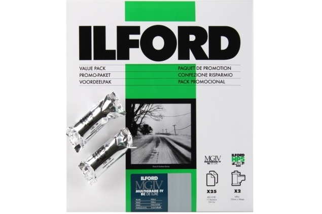 ILFORD 18x24cm/25 MG IV Pearl + 2x HP5+ 135/36, promo kit